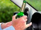 Opilý řidič kličkoval na silnici, nadýchal 3,3 promile