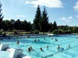 Návštěvnost venkovního bazénu bude nejnižší za poslední roky