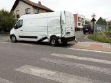 Nákladní vůz s dodávkou se srazily v Tochovicích