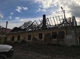 U Klučenic na Příbramsku přes noc shořel rodinný dům