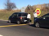 Na výjezdu z D4 u Příbrami se srazily dva vozy