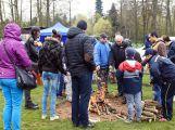 Čarodějnice se na Nováku pálily i přes nepříznivé počasí