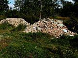Hledá se pachatel, který vyvezl stavební odpad do CHKO Brdy