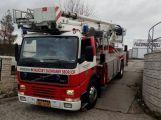 Právě teď: Požár sazí v komíně zaměstnává hasiče v autosalonu na Evropské ulici v Příbrami