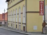 Nová výstava v galerii Podbrdského muzea - Světlo, prostor, čas
