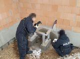 Zloději demontovali a odvezli tepelné čerpadlo