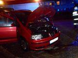 Na sídlišti hořelo osobní auto